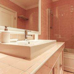 Отель Downtown Premium by Homing ванная фото 2