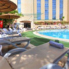 Отель Leonardo Jerusalem Иерусалим бассейн