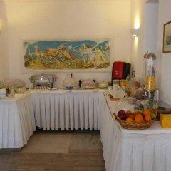 Отель Black Sand Hotel Греция, Остров Санторини - отзывы, цены и фото номеров - забронировать отель Black Sand Hotel онлайн питание фото 3
