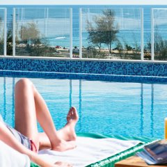 Отель Chanalai Hillside Resort, Karon Beach бассейн