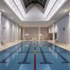 Lotte Hotel World бассейн фото 3