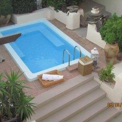 Отель Lava Suites and Lounge бассейн