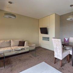 Апартаменты Visitzakopane Eco Apartments Косцелиско комната для гостей фото 2
