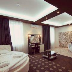 Гостиница Амбассадор Плаза комната для гостей фото 4