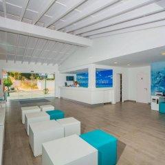 Отель Holiday Centre Apartments Испания, Санта-Понса - отзывы, цены и фото номеров - забронировать отель Holiday Centre Apartments онлайн спа