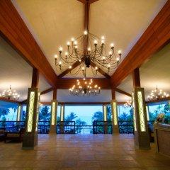 Отель Village Coconut Island остров Кокос интерьер отеля