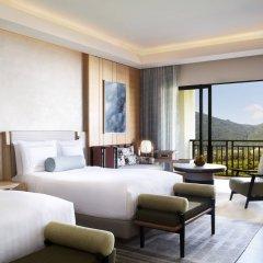 Отель The Ritz-Carlton Sanya, Yalong Bay Китай, Санья - отзывы, цены и фото номеров - забронировать отель The Ritz-Carlton Sanya, Yalong Bay онлайн комната для гостей фото 4