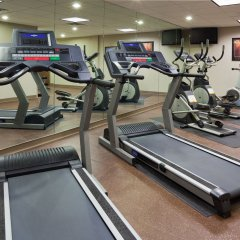 Holiday Inn Express Hotel and Suites Mankato East фитнесс-зал