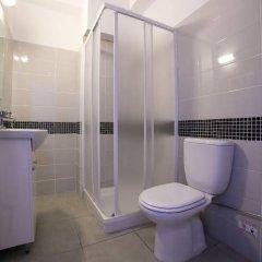 Отель Flora Maria Annex Кипр, Айя-Напа - отзывы, цены и фото номеров - забронировать отель Flora Maria Annex онлайн ванная