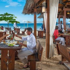 Отель Sandals Ochi Beach Resort All Inclusive Couples Only питание фото 2