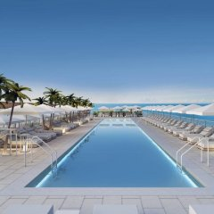 1 Hotel South Beach бассейн