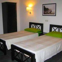 Отель Rohan Villa Шри-Ланка, Хиккадува - отзывы, цены и фото номеров - забронировать отель Rohan Villa онлайн сейф в номере