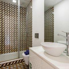 Отель Alfama Best Terrace & View Gonzalos Home ванная