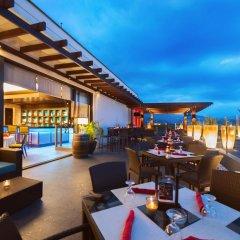 Отель Grande Centre Point Hotel Ratchadamri Таиланд, Бангкок - 1 отзыв об отеле, цены и фото номеров - забронировать отель Grande Centre Point Hotel Ratchadamri онлайн гостиничный бар