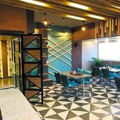 Hotel Sunday Inn гостиничный бар