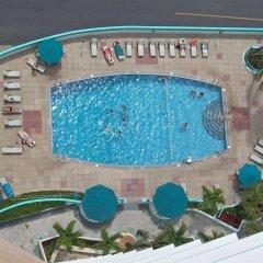 Ilikai Hotel & Luxury Suites бассейн фото 3