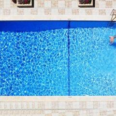 Отель Mediterranean Bay - Только для взрослых бассейн фото 2