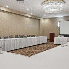 Отель Best Western Premier Calgary Plaza Hotel & Conference Centre Канада, Калгари - отзывы, цены и фото номеров - забронировать отель Best Western Premier Calgary Plaza Hotel & Conference Centre онлайн фото 11