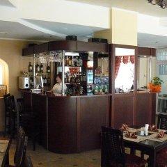 Отель Доминик Донецк гостиничный бар