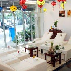 Отель Han Thuyen Homestay бассейн