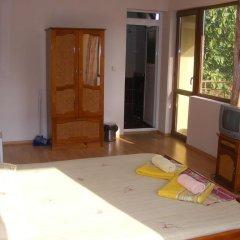 Отель Zora Guest House Бургас удобства в номере
