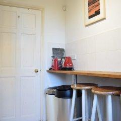 Отель 1 Bedroom Apartment Near Clapham Великобритания, Лондон - отзывы, цены и фото номеров - забронировать отель 1 Bedroom Apartment Near Clapham онлайн удобства в номере фото 2