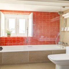 Отель Palácio Camões - Lisbon Serviced Apartments Португалия, Лиссабон - отзывы, цены и фото номеров - забронировать отель Palácio Camões - Lisbon Serviced Apartments онлайн ванная фото 2