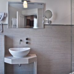 Отель B Square Париж ванная фото 2