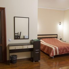 Гостиница Виктория 3* Стандартный номер с двуспальной кроватью фото 8