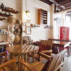 Отель Gotum Hostel & Restaurant Таиланд, Пхукет - отзывы, цены и фото номеров - забронировать отель Gotum Hostel & Restaurant онлайн развлечения
