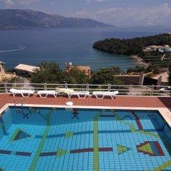 Отель Nikolaos House бассейн