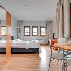 Апартаменты Dom & House - Apartments Zacisze Сопот комната для гостей фото 4