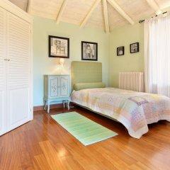Отель Vouliagmeni Villa Греция, Вари-Вула-Вулиагмени - отзывы, цены и фото номеров - забронировать отель Vouliagmeni Villa онлайн комната для гостей