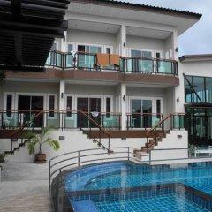 Отель Bee Orchid Pool Villa бассейн