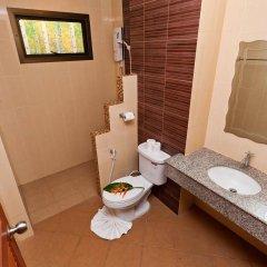 Отель Kata Silver Sand Hotel Таиланд, Пхукет - отзывы, цены и фото номеров - забронировать отель Kata Silver Sand Hotel онлайн ванная фото 2