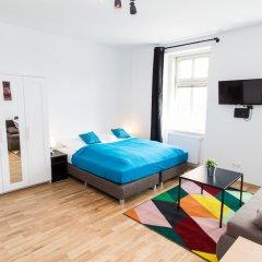 Отель CheckVienna - Apartment Familienplatz Австрия, Вена - отзывы, цены и фото номеров - забронировать отель CheckVienna - Apartment Familienplatz онлайн комната для гостей
