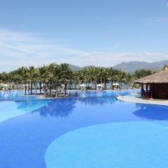 Отель Vinpearl Luxury Nha Trang бассейн