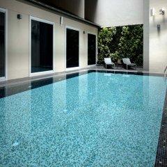 Отель V Bencoolen Сингапур бассейн фото 2