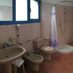 Отель Baia di Naxos Джардини Наксос ванная фото 2