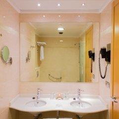 Hotel AR Diamante Beach Spa ванная фото 2