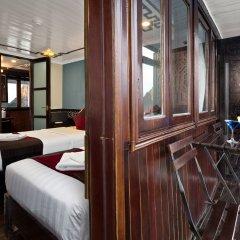Отель Halong Carina Cruise Вьетнам, Халонг - отзывы, цены и фото номеров - забронировать отель Halong Carina Cruise онлайн комната для гостей фото 5