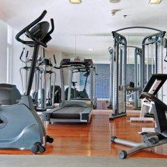 Отель Le Fenix Sukhumvit фитнесс-зал фото 4