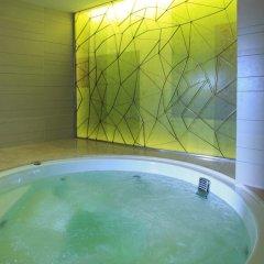 Pullman Bangkok Hotel G бассейн
