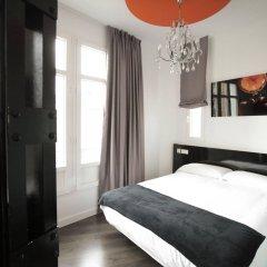 Отель Vitium Urban Suites сейф в номере