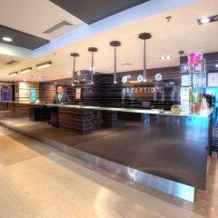 INTERNATIONAL Hotel Casino & Tower Suites интерьер отеля
