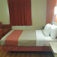 Отель Motel 6 Niagara Falls - New York США, Ниагара-Фолс - отзывы, цены и фото номеров - забронировать отель Motel 6 Niagara Falls - New York онлайн комната для гостей фото 4