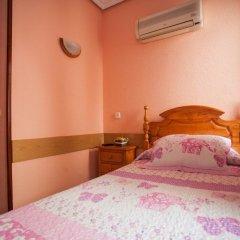 Отель Hostal Bermejo комната для гостей фото 4