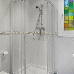 Отель Easo Garden Apartment by FeelFree Rentals Испания, Сан-Себастьян - отзывы, цены и фото номеров - забронировать отель Easo Garden Apartment by FeelFree Rentals онлайн ванная