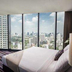 Отель The Continent Bangkok by Compass Hospitality 4* Номер категории Премиум с различными типами кроватей фото 14