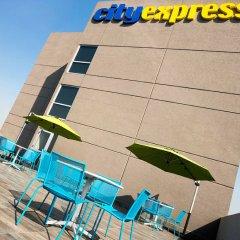 Отель City Express Plus Patio Universidad Мехико вид на фасад